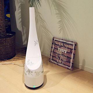 フランフラン(Francfranc)のフランフラン 加湿器 アロマウォーター付(リリーの香り) 美品(加湿器/除湿機)