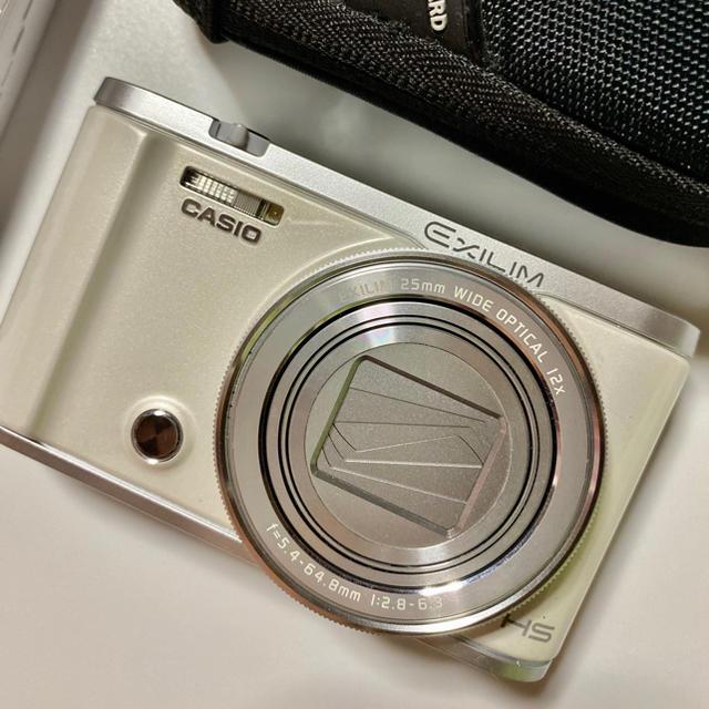 CASIO(カシオ)のCACIO ZR-3200 デジタルカメラ(ホワイト) スマホ/家電/カメラのカメラ(コンパクトデジタルカメラ)の商品写真