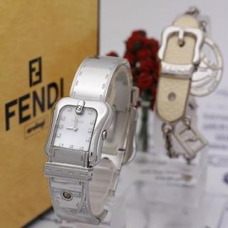 フェンディ(FENDI)の2点セット【新品電池】FENDI 3800L/ダイヤ11P ホワイトシェル 稼働(腕時計)