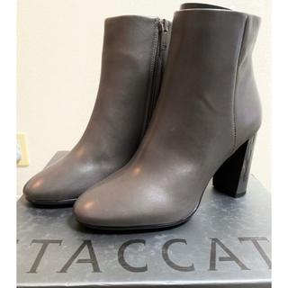 マウジー(moussy)のSTACCATO ショートブーツ グレー 23.5cm(ブーツ)
