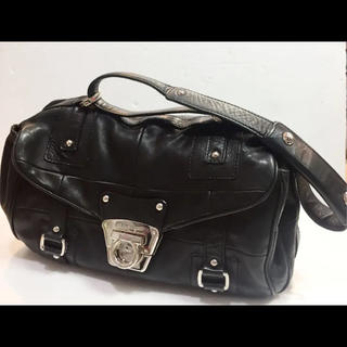 サルヴァトーレフェラガモ(Salvatore Ferragamo)のフェラガモ  レザー 黒 バッグ  18605556(トートバッグ)
