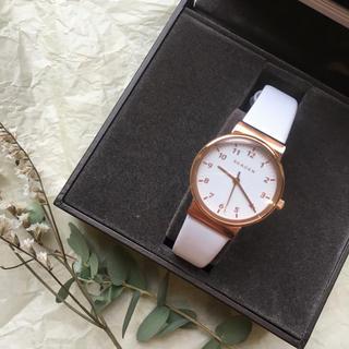 スカーゲン(SKAGEN)の【値下交渉可】【ほぼ新品】SKAGEN ホワイトレザーウォッチ(腕時計)