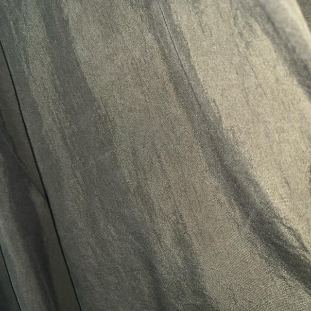 ZARA(ザラ)のZARA グリーンシャツ レディースのトップス(シャツ/ブラウス(長袖/七分))の商品写真