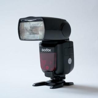 美品  Godox TT685S ストロボ ソニー用 スピードライト(ストロボ/照明)
