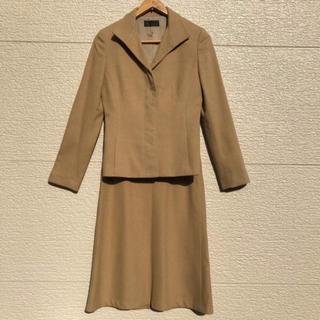 アイシービー(ICB)のiCB スーツ セットアップ ジャケット スカート ベージュ 11 9(スーツ)