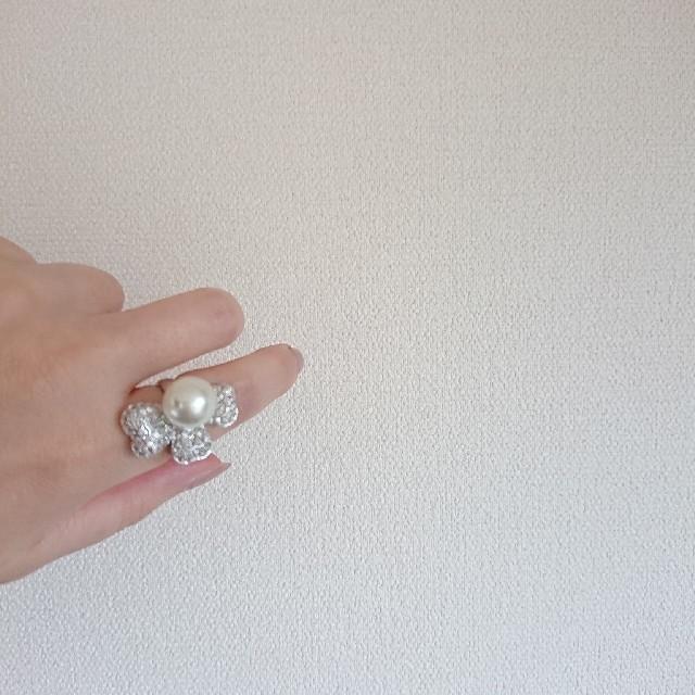 ボリュームリング パール シルバー レディースのアクセサリー(リング(指輪))の商品写真