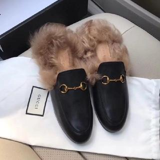 Gucci - GUCCI ファー スリッパサンダル フラット 正規品