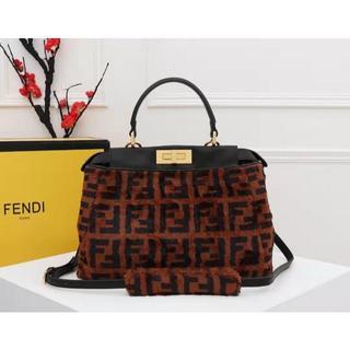 フェンディ(FENDI)のフェンティ ブラウン レジャー 手提げ袋 未使用 新品 (トートバッグ)