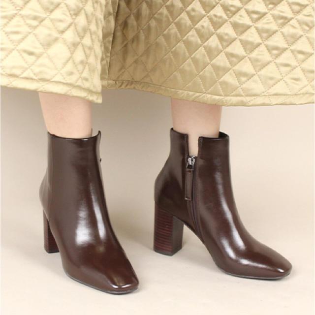 RANDA(ランダ)のRANDA スクエアトゥショートブーツ レディースの靴/シューズ(ブーツ)の商品写真