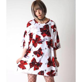 フーガ(FUGA)のTRAVAS TOKYO Kill ribbons BIG Tee/総柄リボンT(Tシャツ/カットソー(半袖/袖なし))