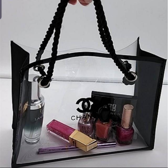 CHANEL(シャネル)のCHANEL◇コスメライン◇クリアトート◇ レディースのバッグ(トートバッグ)の商品写真
