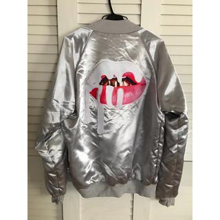 カイリーコスメティックス(Kylie Cosmetics)のKylie SOLD OUT ボンバージャケット(ナイロンジャケット)