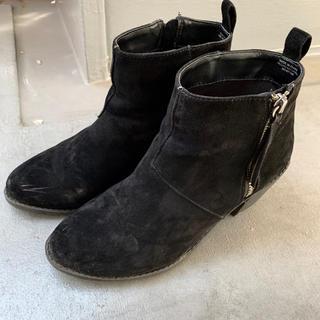 フォーエバートゥエンティーワン(FOREVER 21)のショートブーツ ブーティー 黒 ブラック ジップアップ FOREVER21(ブーツ)