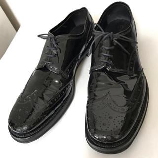 ミュウミュウ(miumiu)のmiumiu エナメル靴(ローファー/革靴)