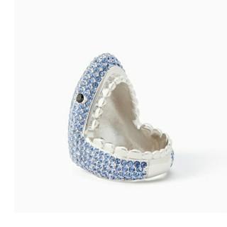 ケイトスペードニューヨーク(kate spade new york)の【新品!】ケイトスペード サメ  指輪(リング(指輪))