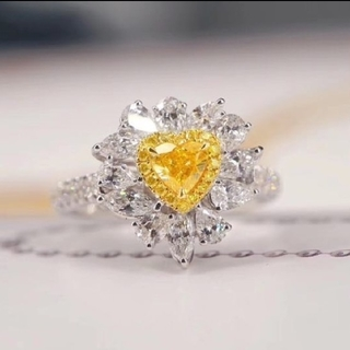 GIA♡ハートシェイプ F.Intense.Yellowダイヤモンドリング(リング(指輪))