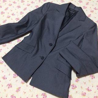 インディヴィ(INDIVI)のインディヴィ パンツスーツ 38 W70 春秋 光沢 グレー OL(スーツ)