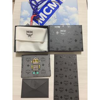 エムシーエム(MCM)のMCM  カードケース 名刺入れ グレー ロボット(名刺入れ/定期入れ)