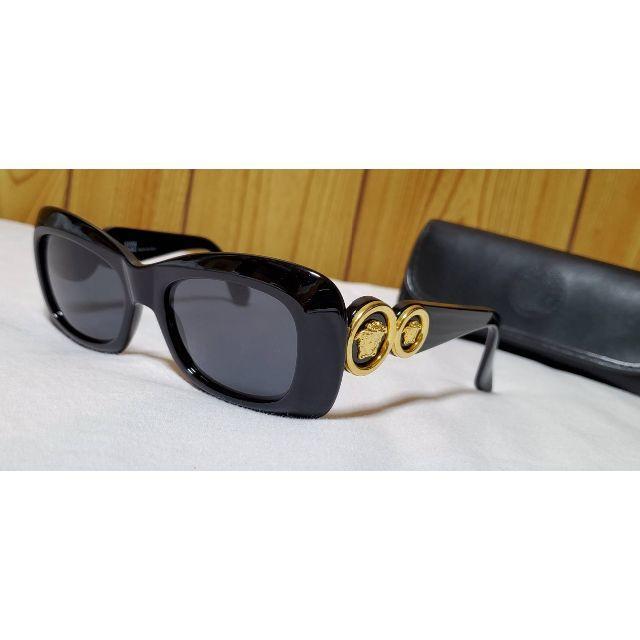 Gianni Versace(ジャンニヴェルサーチ)の正規美 ヴェルサーチ ヴィンテージ 2連メデューサロゴサングラス黒 ラウンドロゴ メンズのファッション小物(サングラス/メガネ)の商品写真
