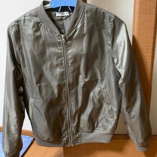 アースミュージックアンドエコロジー(earth music & ecology)のearthのジャケット(ミリタリージャケット)