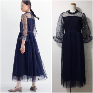 メルロー(merlot)の♡完売品♡merlot plusフラワー刺繍チュール切り替えワンピース ドレス(ロングドレス)