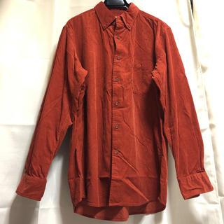 ユニクロ(UNIQLO)のmen's レンガ色 コーデュロイボタンダウンシャツ UNIQLO ユニクロ(シャツ)