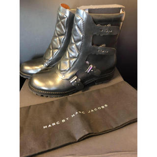 MARC BY MARC JACOBS - 未使用!MARC BY MARCJACOBS☆バックル付き ショートブーツ