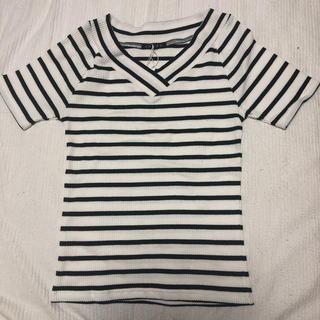 イング(INGNI)のイング☆リブボーダーVネック半袖、新品未使用(Tシャツ(半袖/袖なし))