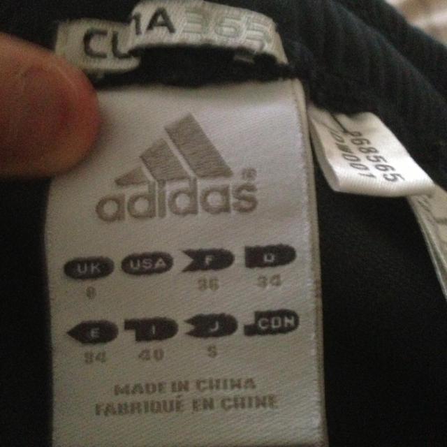 adidas(アディダス)のadidas♡グレーハーフパンツ レディースのパンツ(ハーフパンツ)の商品写真