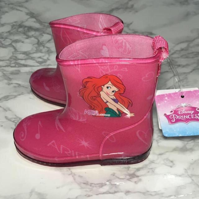 Disney(ディズニー)のラスト1点!即購入OK!新品タグ付 キッズ ディズニー アリエル 長靴 ピンク キッズ/ベビー/マタニティのキッズ靴/シューズ (15cm~)(長靴/レインシューズ)の商品写真