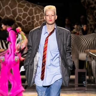 バレンシアガ(Balenciaga)のvetements19AW今期新作ネクタイ付きシャツ定価12万円(シャツ)