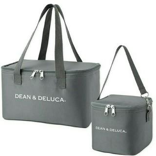 ディーンアンドデルーカ(DEAN & DELUCA)のDEAN&DELUCA 新品 ディーン&デルーカ 保冷バッグ グレー 2個セット(弁当用品)