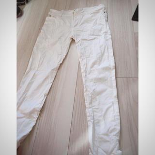 ユナイテッドアローズ(UNITED ARROWS)のUnited ホワイトパンツ未使用(その他)