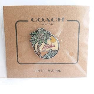 コーチ(COACH)の『おまけつき♪』 COACH モチーフ ピンバッジ アロハ(ブローチ/コサージュ)