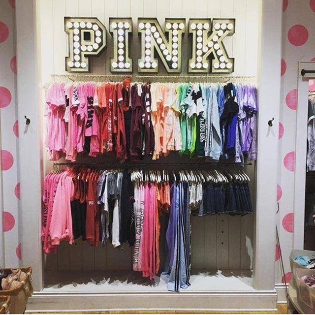 Victoria's Secret(ヴィクトリアズシークレット)のPINK♡タンクトップ♡グレー レディースのトップス(タンクトップ)の商品写真