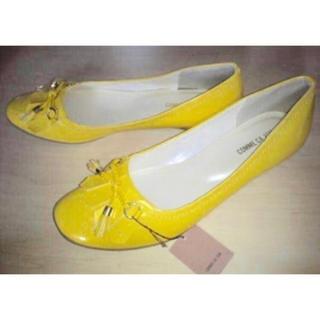 コムサイズム(COMME CA ISM)の新品 コムサイズム♪タッセル エナメル バレーシューズ パンプス 靴 L(ハイヒール/パンプス)