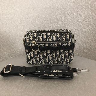 ディオール(Dior)のChristian Dior(クリスチャンディオール)メッセンジャーバッグ (ボディーバッグ)