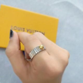 ルイヴィトン(LOUIS VUITTON)のルイヴィトン 指輪 レディース リング 箱付き シルバー us#6(リング(指輪))