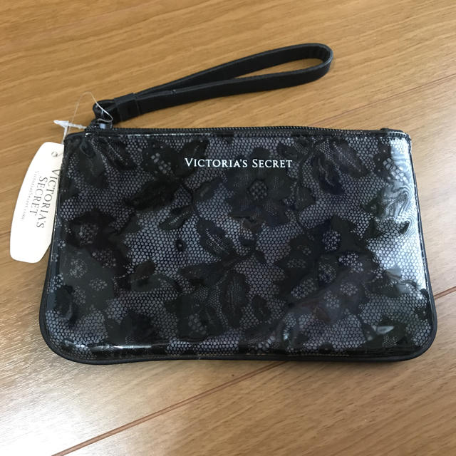 Victoria's Secret(ヴィクトリアズシークレット)の未使用 ヴィクシー ポーチ レディースのファッション小物(ポーチ)の商品写真