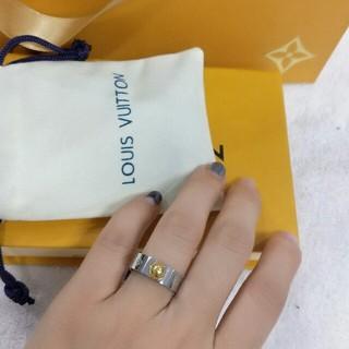 ルイヴィトン(LOUIS VUITTON)のLOUIS VUITTON リング 指輪 箱付き シルバー 超美品 アクセサリー(リング(指輪))