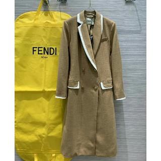 フェンディ(FENDI)の可愛い Fendiフェンデイ ロングコート リボン付き 本物 (ロングコート)