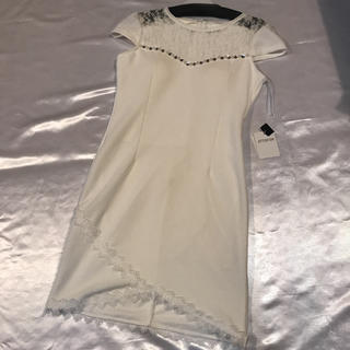 ラスト◆格安◆新品上質●レース切り替え+ビジュー袖付きミニドレス●L(ミニドレス)