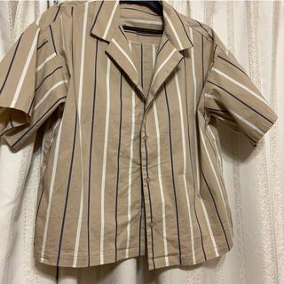 ジーユー(GU)のストライプの半袖(シャツ/ブラウス(半袖/袖なし))