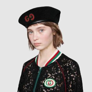 グッチ(Gucci)のGUCCI GGロゴ パッチ付き ウール ベレー帽(ハンチング/ベレー帽)