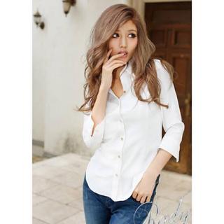 レディー(Rady)のRady♡ぷるぷる鬼くびれシャツ白十分丈 大人気商品(シャツ/ブラウス(長袖/七分))