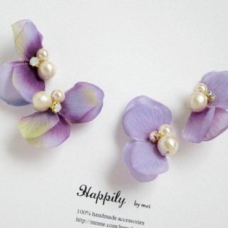 お花ビジューイヤリング(イヤリング)