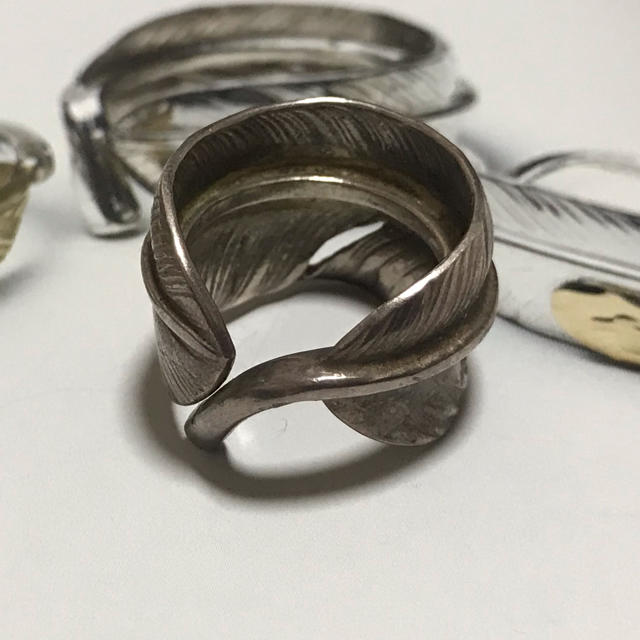 goro's(ゴローズ)のゴローズ  シルバーフェザーリング12号 メンズのアクセサリー(リング(指輪))の商品写真