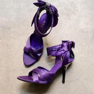 美品 M.P.S アメリカ輸入 リボン付き 紫 パーティー パンプス サンダル(ハイヒール/パンプス)