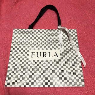 フルラ(Furla)のFURLA ショッパー リボン付き(ショップ袋)
