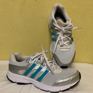アディダス(adidas)のアディダススニーカーランニングシューズ運動靴24.5cm中古美品白ペパーミント(スニーカー)
